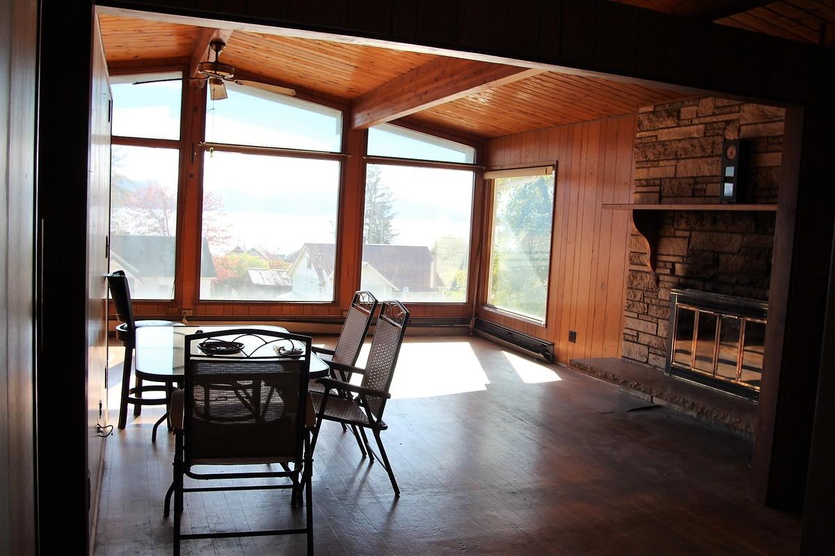 218 2nd street,Wrangell,Alaska 99929,5 Bedrooms Bedrooms,2 BathroomsBathrooms,Single Family Home,2nd street,1010