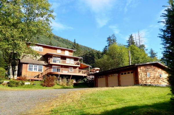 2.6 mile zimovia hwy, Wrangell, Alaska 99929, 6 Bedrooms Bedrooms, ,5 BathroomsBathrooms,Single Family Home,Homes,2.6 mile zimovia hwy,1133