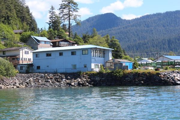 Evergreen Ave,Wrangell,Alaska 99929,6 Bedrooms Bedrooms,4 BathroomsBathrooms,Apartment,Evergreen Ave,1028